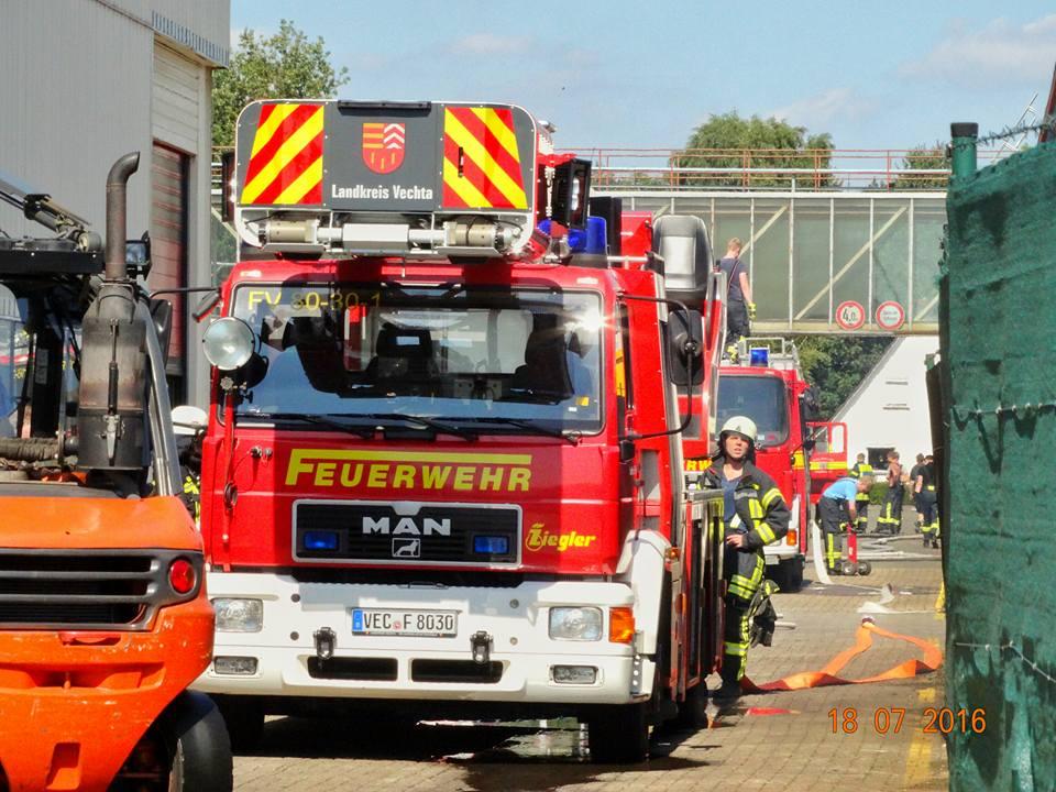 Brand in Filteranlage, DLK zur Unterstützung der FF Goldenstedt