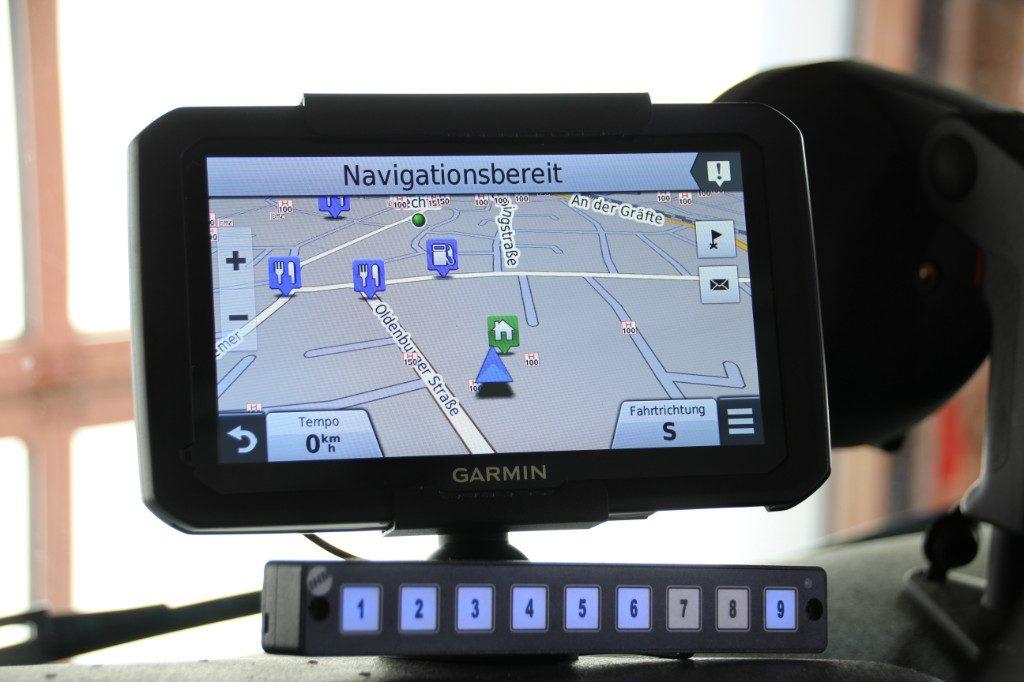 Funk-Navigations-Interface unserer Fahrzeuge