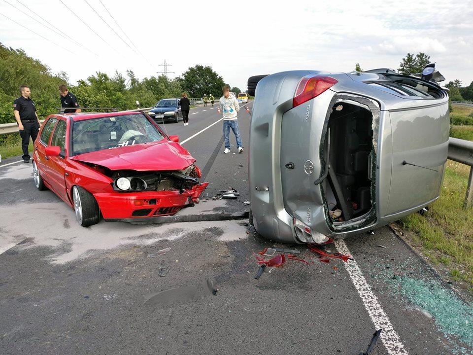 Technische Hilfeleistung nach Verkehrsunfall